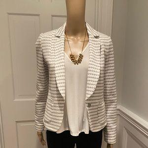 Anthropologie wh&grey blazer size 2 excellent cond